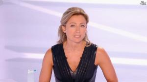 Anne-Sophie Lapix dans Dimanche Plus - 07/10/12 - 01