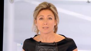 Anne-Sophie Lapix dans Dimanche Plus - 13/01/13 - 04