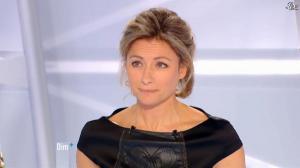 Anne-Sophie Lapix dans Dimanche Plus - 13/01/13 - 10