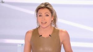 Anne-Sophie Lapix dans Dimanche Plus - 16/12/12 - 07