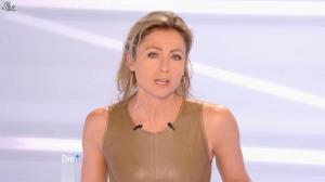 Anne-Sophie Lapix dans Dimanche Plus - 16/12/12 - 08