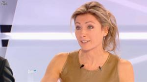 Anne-Sophie Lapix dans Dimanche Plus - 16/12/12 - 14