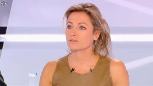 Anne-Sophie Lapix dans Dimanche Plus - 16/12/12 - 17