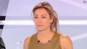 Anne-Sophie Lapix dans Dimanche Plus - 16/12/12 - 24