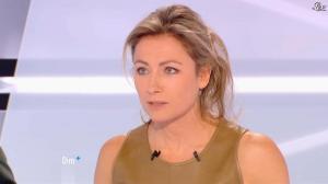Anne-Sophie Lapix dans Dimanche Plus - 16/12/12 - 28