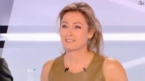Anne-Sophie Lapix dans Dimanche Plus - 16/12/12 - 29