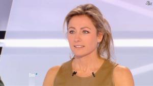 Anne-Sophie Lapix dans Dimanche Plus - 16/12/12 - 30