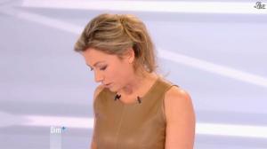 Anne-Sophie Lapix dans Dimanche Plus - 16/12/12 - 37