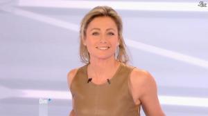 Anne-Sophie Lapix dans Dimanche Plus - 16/12/12 - 38