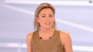 Anne-Sophie Lapix dans Dimanche Plus - 16/12/12 - 43