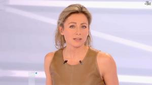 Anne-Sophie Lapix dans Dimanche Plus - 16/12/12 - 44