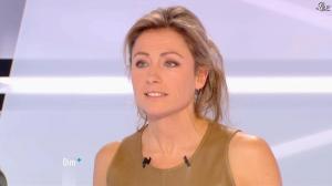 Anne-Sophie Lapix dans Dimanche Plus - 16/12/12 - 47