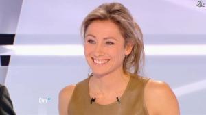 Anne-Sophie Lapix dans Dimanche Plus - 16/12/12 - 49