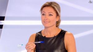 Anne-Sophie Lapix dans Dimanche Plus - 28/10/12 - 27