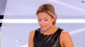 Anne-Sophie Lapix dans Dimanche Plus - 28/10/12 - 30