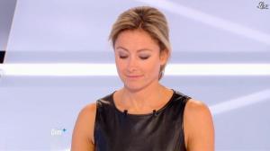 Anne-Sophie Lapix dans Dimanche Plus - 28/10/12 - 31