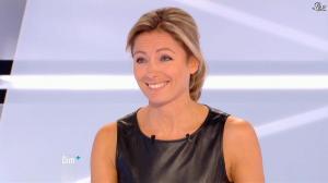 Anne-Sophie Lapix dans Dimanche Plus - 28/10/12 - 43