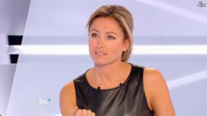 Anne-Sophie Lapix dans Dimanche Plus - 28/10/12 - 49