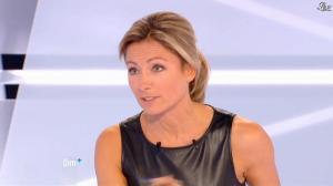 Anne-Sophie Lapix dans Dimanche Plus - 28/10/12 - 53