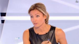 Anne-Sophie Lapix dans Dimanche Plus - 28/10/12 - 54