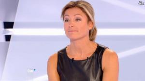 Anne-Sophie Lapix dans Dimanche Plus - 28/10/12 - 55