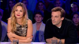 Barbara Schulz dans On n'est pas Couché - 15/11/14 - 06