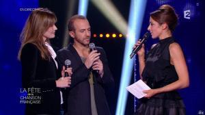Carla Bruni et Virginie Guilhaume dans la Fete de la Chanson Francaise - 21/11/14 - 10