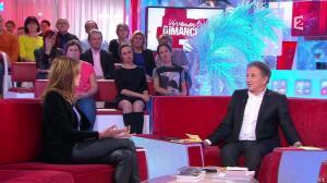 Carla Bruni dans Vivement Dimanche - 14/12/14 - 04