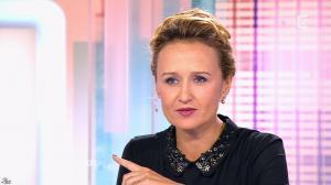 Caroline Roux dans C Politique - 26/10/14 - 04