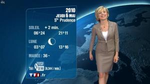Evelyne Dhéliat à la Météo de 20h - 05/05/10 - 02
