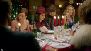 Joy Esther dans Nos Chers Voisins Fêtent Noël - 26/12/14 - 14