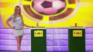 Nadia Aydanne dans le Juste Prix - 02/03/10 - 04