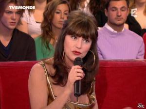 Lio dans Vivement Dimanche - 05/01/08 - 11