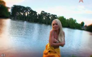 Virginie Caprice dans Paparanews - 17/05/09 - 06