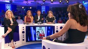 Léa Salamé dans On n'est pas Couché - 05/09/15 - 35