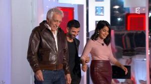 Leïla Bekhti dans Vivement Dimanche Prochain - 25/10/15 - 01
