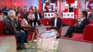 Leïla Bekhti dans Vivement Dimanche Prochain - 25/10/15 - 07