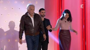 Leïla Bekhti dans Vivement Dimanche Prochain - 25/10/15 - 12