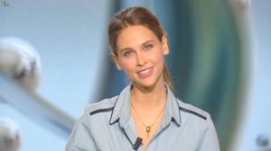 Ophelie Meunier dans le Tube - 17/10/15 - 01