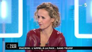 Caroline Roux dans C dans l'Air - 12/11/18 - 11