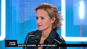 Caroline Roux dans C dans l'Air - 13/11/18 - 12
