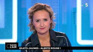 Caroline Roux dans C dans l'Air - 13/11/18 - 16
