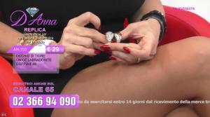 Emanuela Botto dans Télévendita Per d'Anna - 01/12/18 - 03