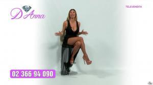 Emanuela Botto dans Télévendita Per d'Anna - 02/12/18 - 02