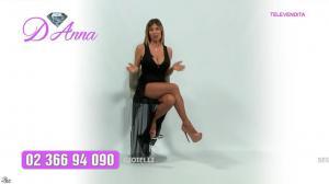 Emanuela Botto dans Télévendita Per d'Anna - 02/12/18 - 03