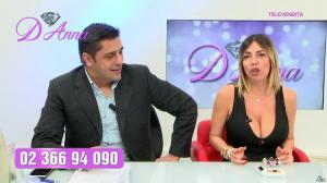 Emanuela Botto dans Télévendita Per d'Anna - 02/12/18 - 06