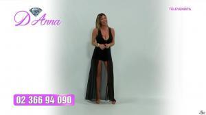 Emanuela Botto dans Télévendita Per d'Anna - 02/12/18 - 08