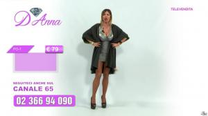 Emanuela Botto dans Télévendita Per d'Anna - 06/12/18 - 02