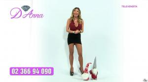 Emanuela Botto dans Télévendita Per d'Anna - 09/12/18 - 01