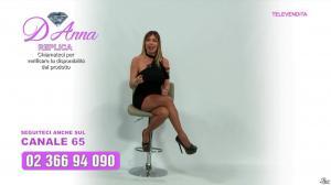 Emanuela Botto dans Télévendita Per d'Anna - 10/12/18 - 02